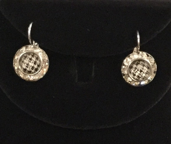 SILVER EARRINGS WITH HOUNDSTOOTH PATTERN CLEAR RHINESTONES ( 2239 )