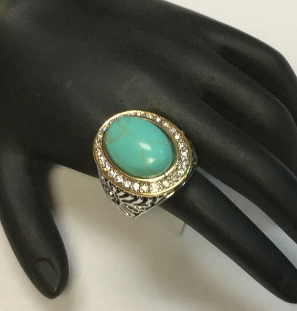 TWO TONED RING WITH TURQUOISE AND CLEAR STONES SIZE 8 ( 3196 )
