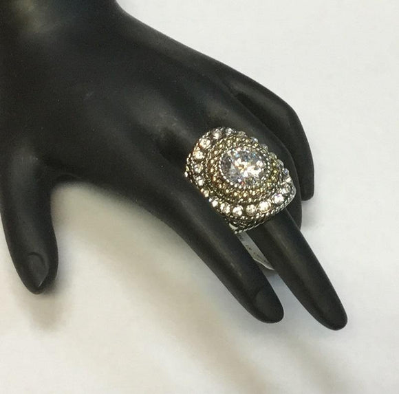 TWO TONED RING WITH CLEAR RHINESTONES SIZE 9 ( 3198 )
