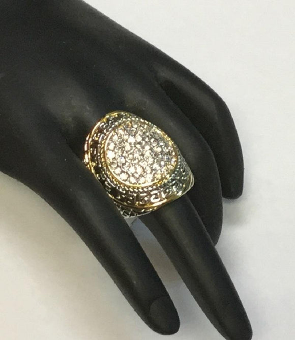 TWO TONE RING WITH CLEAR RHINESTONES SIZE 7 ( 3169 )