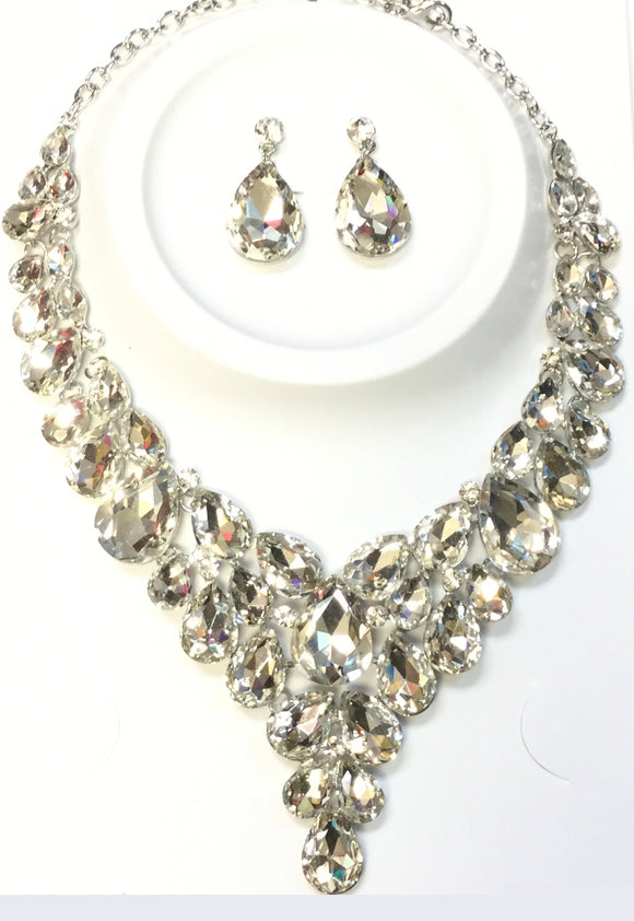 SILVER NECKLACE SET CLEAR STONES ( 014266 )