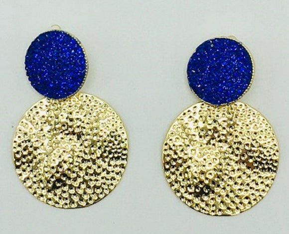 GOLD ROYAL BLUE STONE CIRCLE HAMMERED CLIP ON EARRINGS ( 068 )