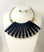 GOLD CHOKER SET WITH BLACK WOOD PENDANT ( 3240 )