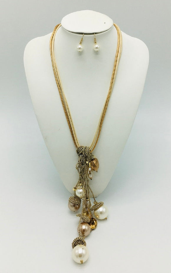 LONG NECKLACE SET WITH GOLD AND CREAM PEARLS ( 3290 )