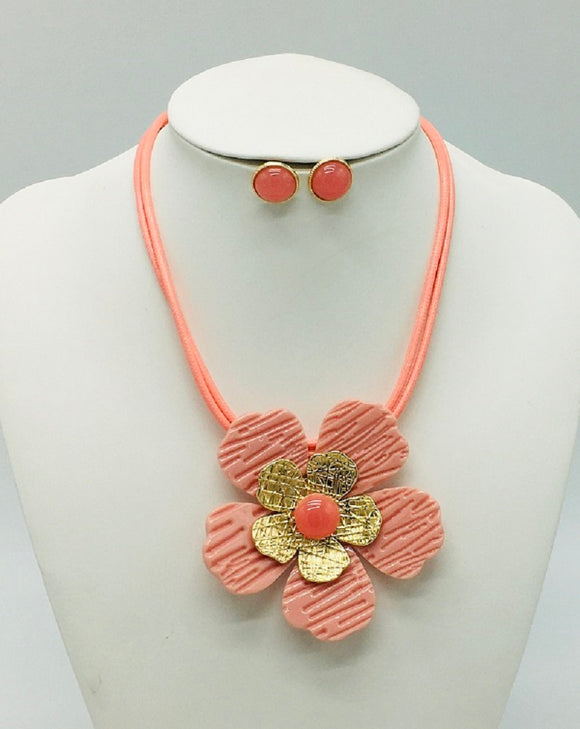 CORAL GOLD FLOWER NECKLACE SET ( 3304 )