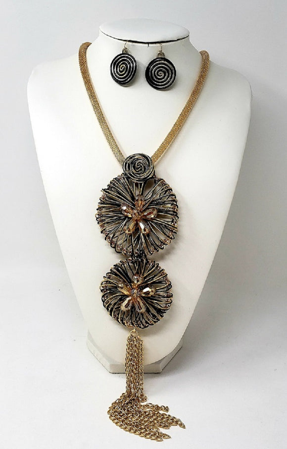 LONG GOLD AND BLACK NECKLACE SET SPIRALS ( 3330 )