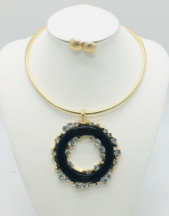 GOLD CHOKER SET BLACK RING CLEAR STONES ( 10014 )