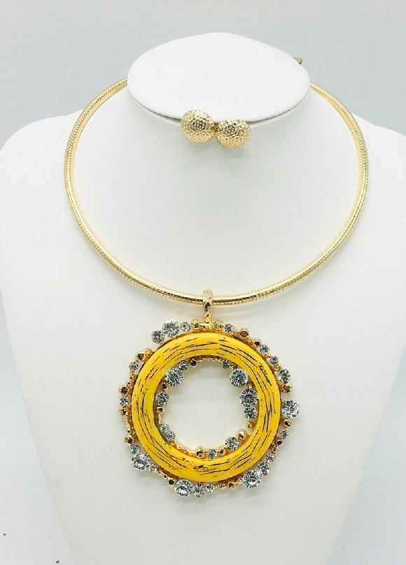 GOLD CHOKER SET YELLOW RING CLEAR STONES ( 10014 )