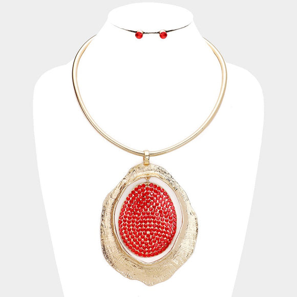 GOLD NECKLACE WITH LARGE GOLD PENDANT AND RED RHINESTONES ( 10050 )