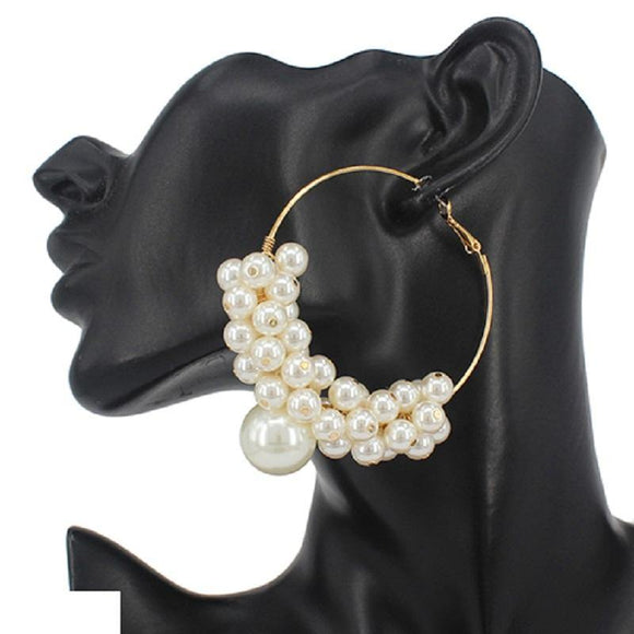 GOLD HOOP EARRINGS WITH CREAM PEARLS ( 3300 GDCRM )