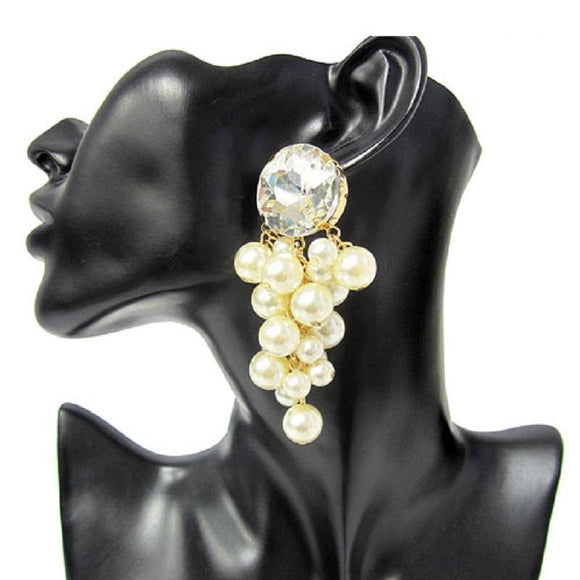 GOLD CREAM PEARL CLUSTER EARRINGS ( 7223 CRM )