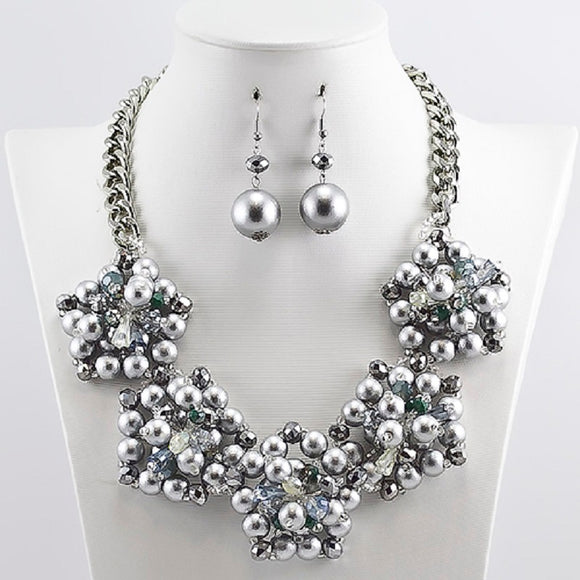 SILVER NECKLACE WITH SILVER BEADS ( 5148 S )