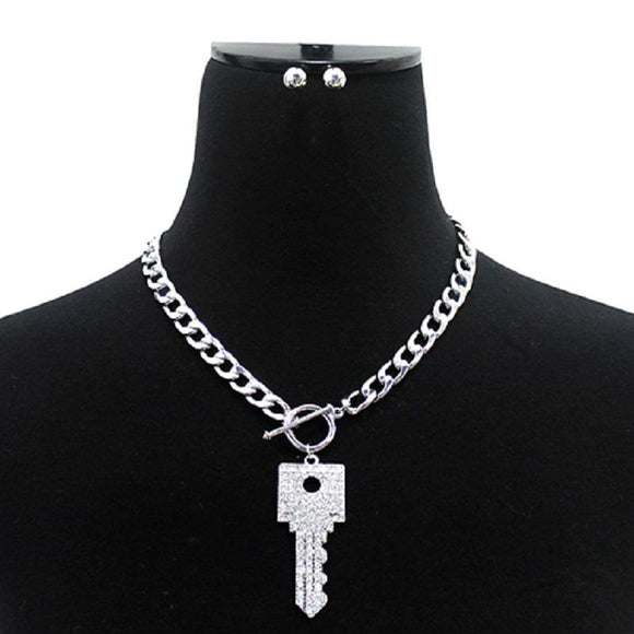 SILVER CLEAR CRYSTAL SQUARED OFF KEY CHARM TOGGLE NECKLACE ( 3042 RDCLR )