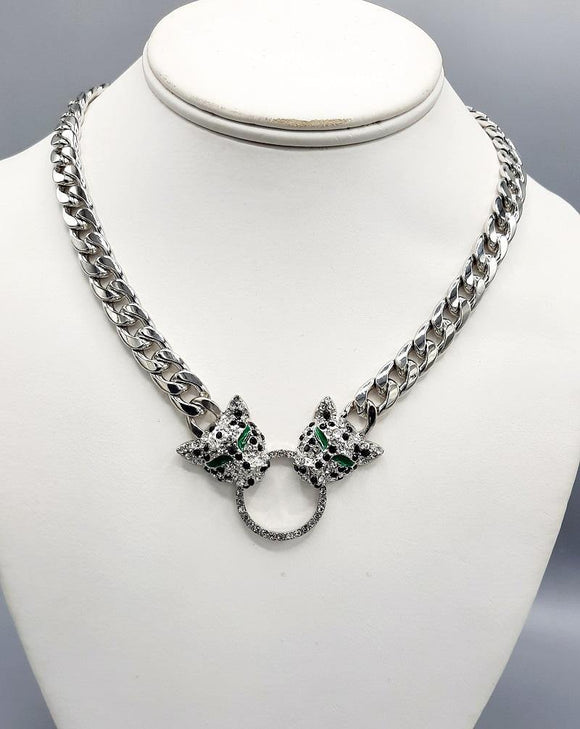SILVER GREEN NECKLACE LEOPARD HEAD CLEAR STONES ( 0003 RH ) - Ohmyjewelry.com