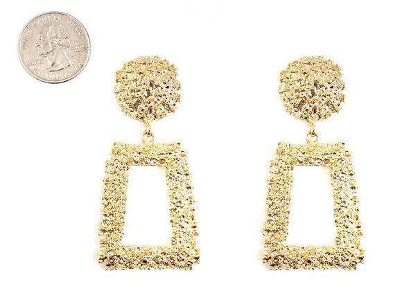 GOLD METAL EARRINGS ( 4650 GD )