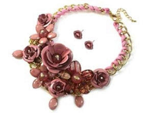 Mauve Multi Flower Statement Necklace with Flower Studs ( 1234 )