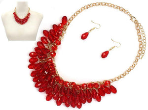 Red Glass Beaded Teardrops on a Gold Chain with Matching Earrings ( 6442 )