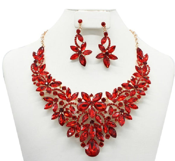 Red Flower Design Necklace Set with Gold Accents