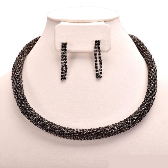 BLACK RHINESTONE TWISTED NECKLACE SET ( 10563 BJT )