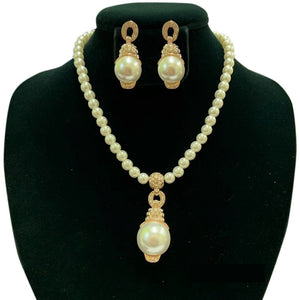 Cream Pearl Necklace Set with Clear Rhinestones and Gold Accents ( 31 )