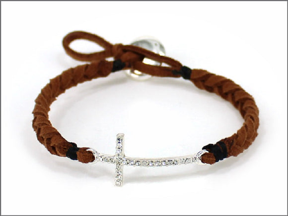 BROWN LEATHER BRACELET WITH CROSS DESIGN ( 04536 )