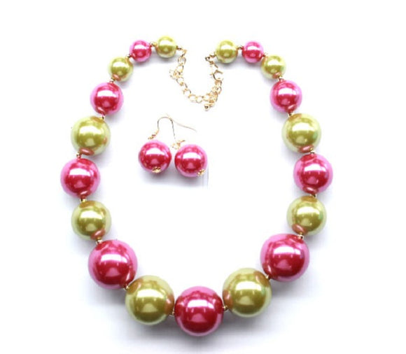 Pink and Green Graduating Pearl Beaded Necklace with Earrings