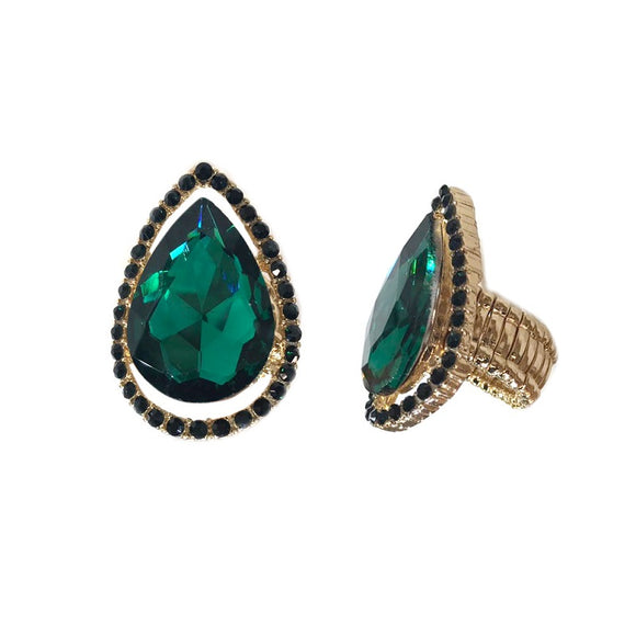 Emerald Green Teardrop Stretch Ring in Gold Setting ( RQ22 )