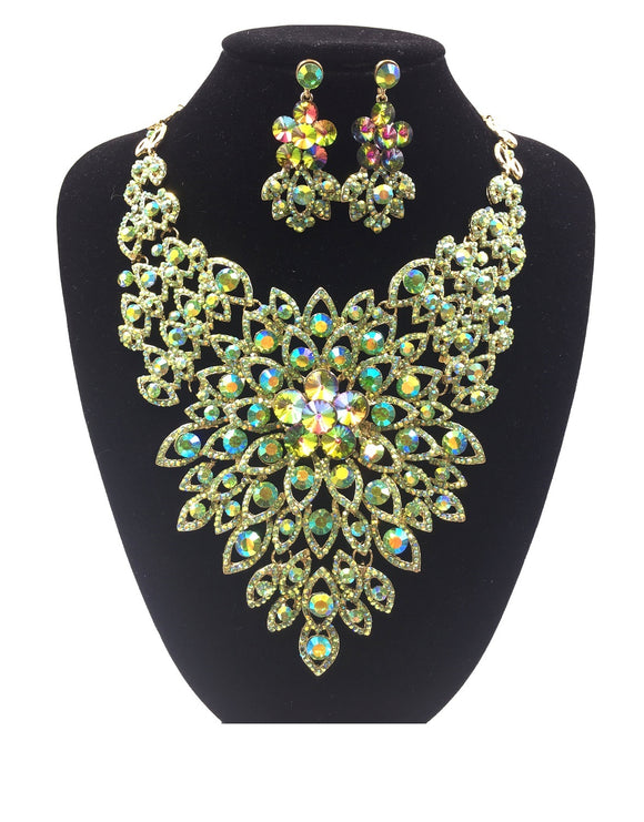 GREEN AND AB Rhinestone Evening Necklace Set with Flower Pattern in Gold Setting ( 0045 )