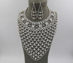 Statement Silver Clear Rhinestone Necklace Set ( 36542 )