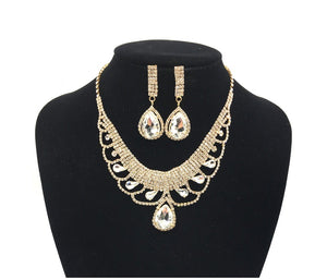 Clear Rhinestone Necklace Set in Gold Setting ( 0228 )