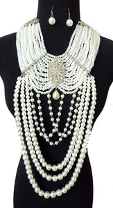 Dramatic White Pearl Necklace with Large Pendant and Dangling Earrings ( 0056 )