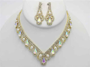 Gold AB and Clear Rhinestone with Cream Pearl Necklace Set ( 17872 )