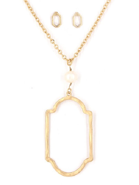 Long Matte Gold Necklace with Pearl and Open Pendant