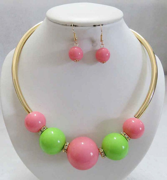 Gold Necklace with Pink and Green Balls and Matching Dangle Earrings ( 3339 )