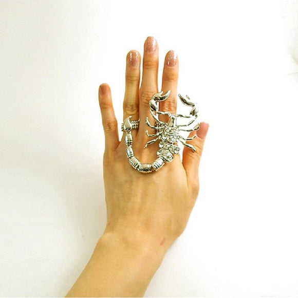 Large Silver Clear Rhinestone Scorpion 2 Finger Stretch Ring ( 1137 )
