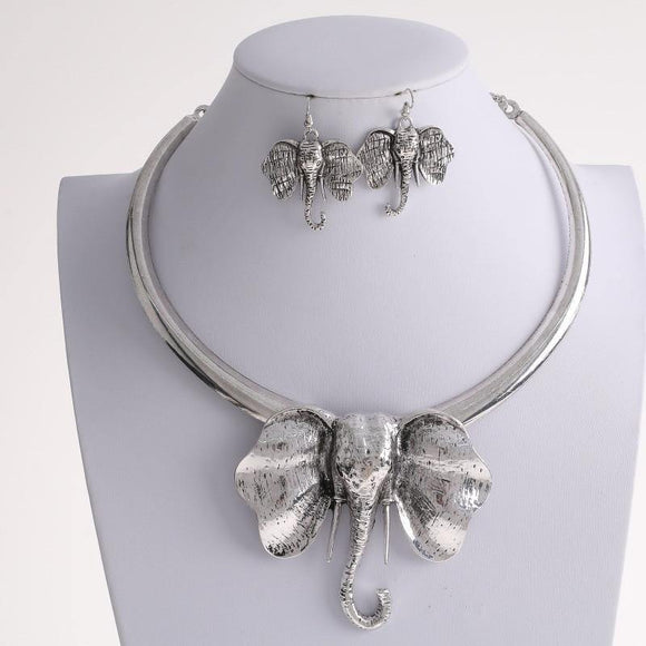 Large Silver Elephant Head Necklace with matching Earrings ( 3852 )