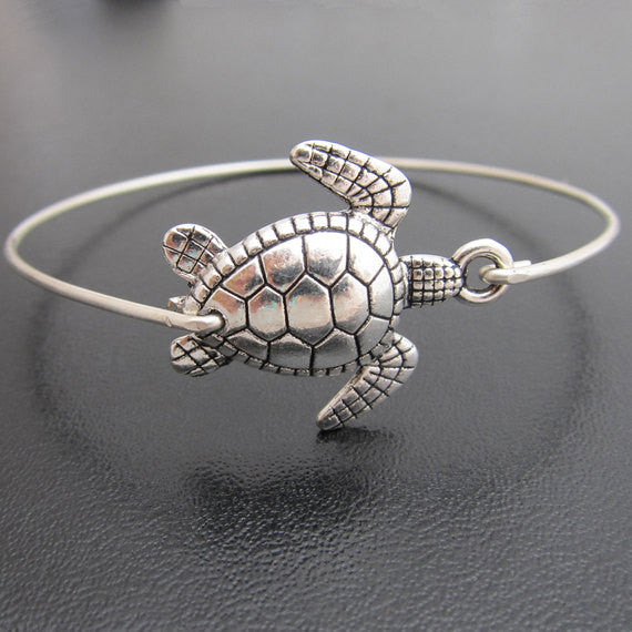 Lovely Sea Turtle Bangle New Arrival Fashion Alloy Animal Bracelets Jewelry for Women Silver Color