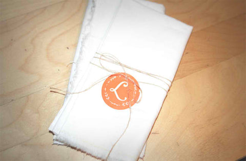 DIY: Dress up those napkins!
