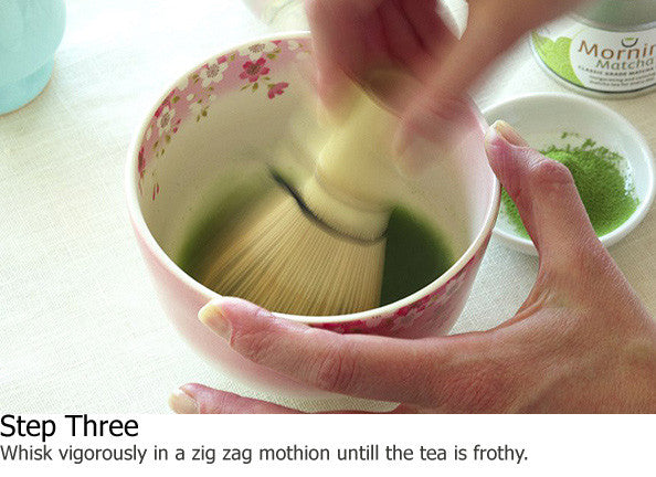 how_to_prepare_matcha_green_tea_three