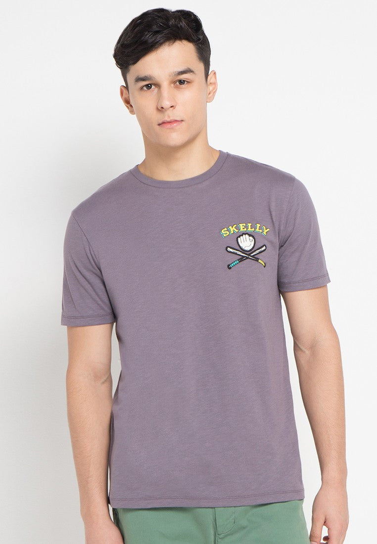 Skelly Bat Graphic T-shirt
