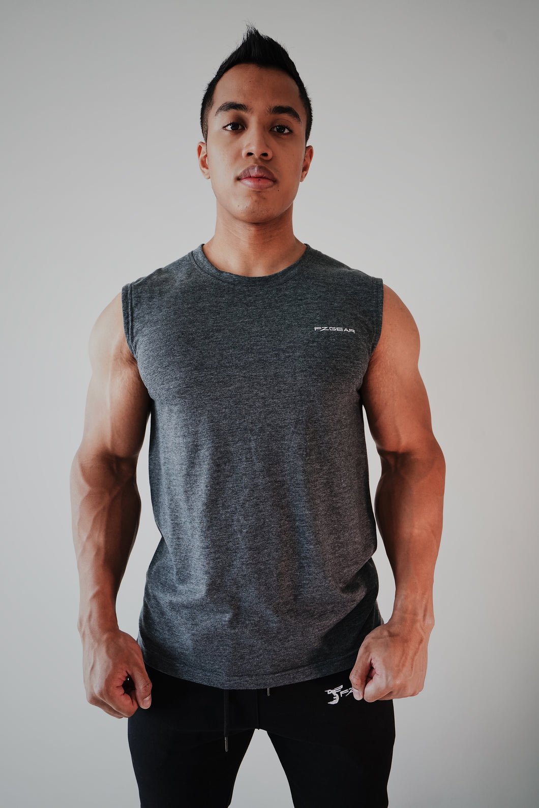 Valiant Muscle Tee - Stormy Grey