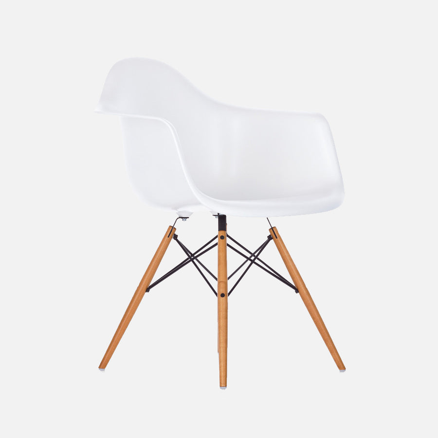 Eames Replica DAW Armchair - White