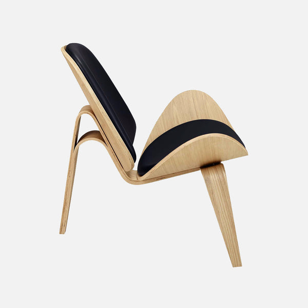 Hans Wegner Shell Chair - Side view
