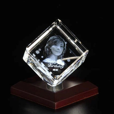 Personalised 3D Photo Crystal in Cube Shape - Medium