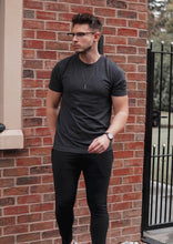 Essential T-Shirt Minimal In Charcoal