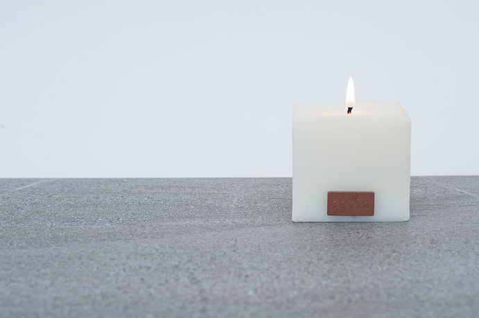 Sevin Porcelain White Scented Candle