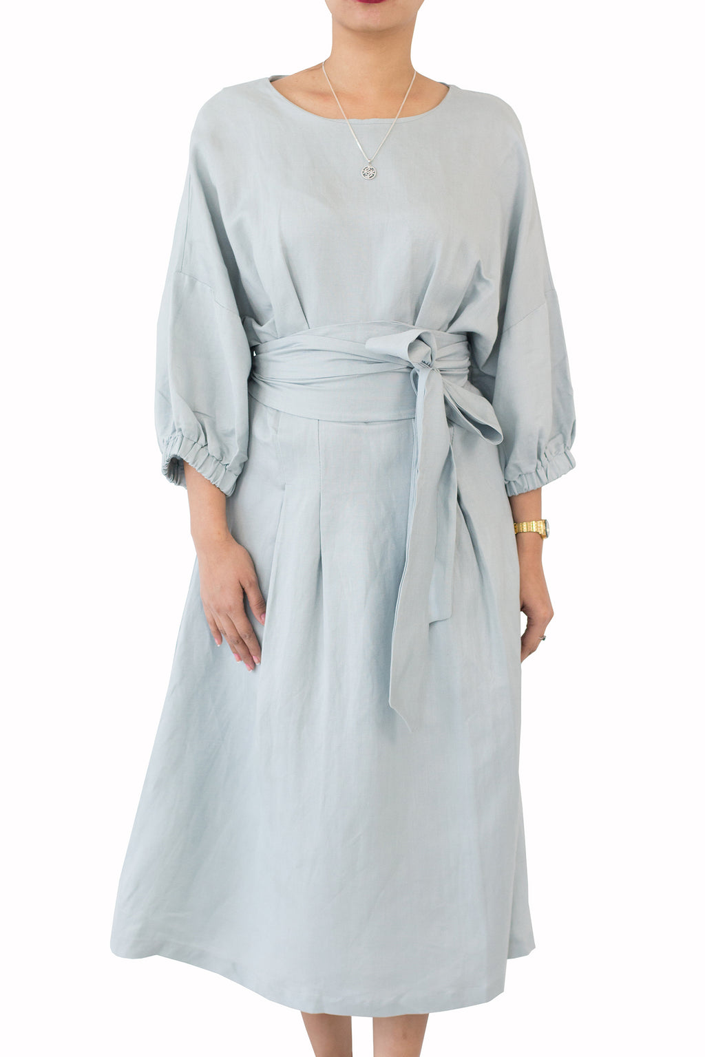 Kiswah - Dress With garter on the sleeve with belt Free size