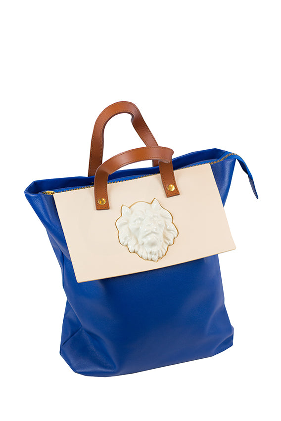 Andres Gallardo - TOTE LION BLUE