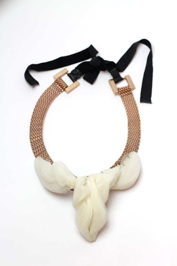Maryam Keyhani - Louse cream necklace