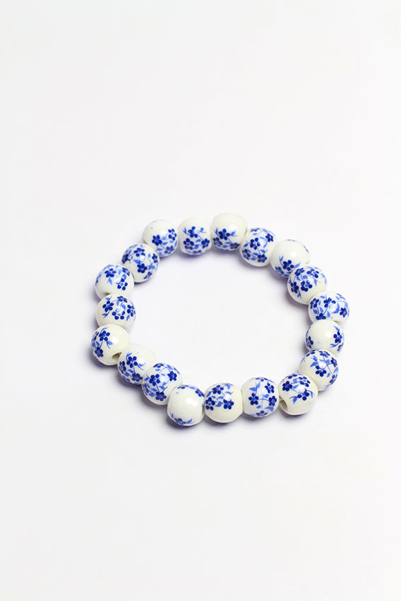 White / blue design bracelet